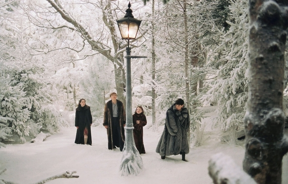The Chronicles of Narnia The Lion, the Witch & the Wardrobe 2
